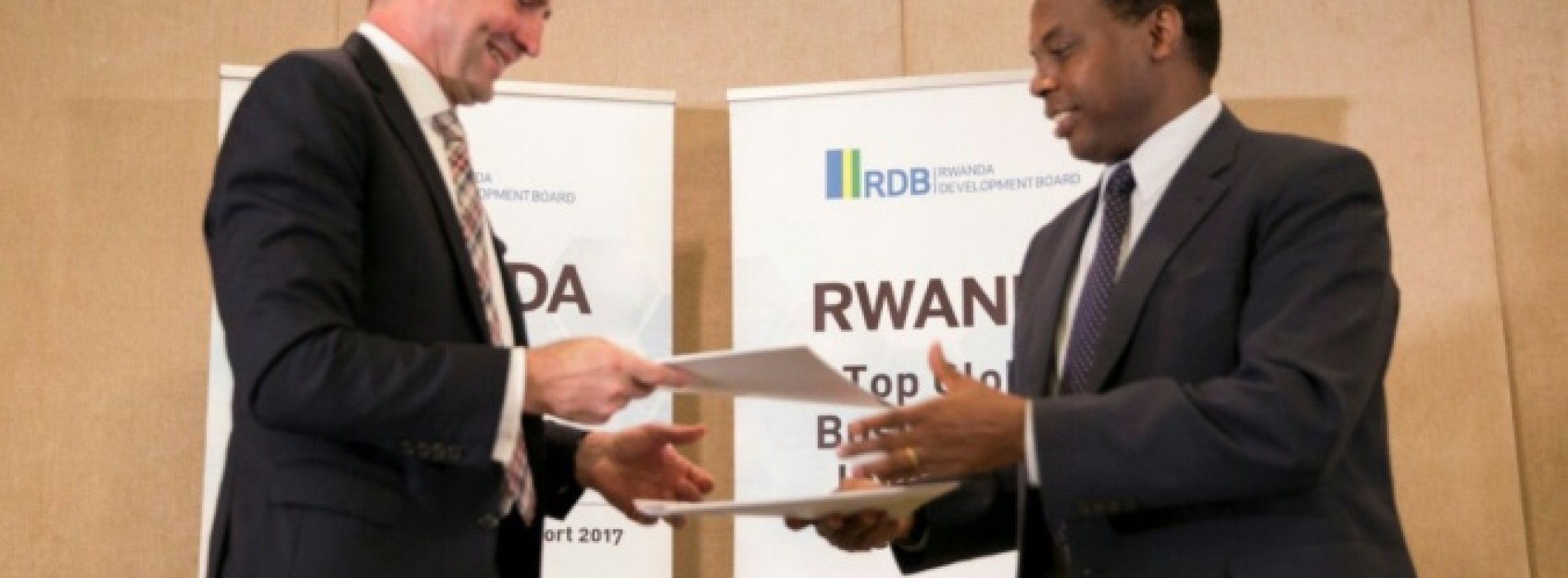 "Rwanda: ""Our economic model is halfway between capitalism and socialism"""